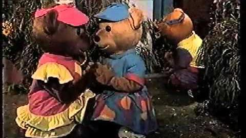 Bananas in Pyjamas Teddy Chase (1996)