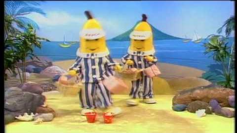 Bananas in Pyjamas Bananas' Birthday Monday (1992)