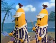 BananaHoliday13