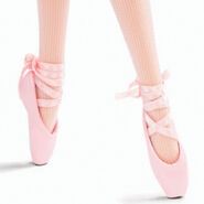 Ballet Wishes Barbie Doll (BDH12) 2