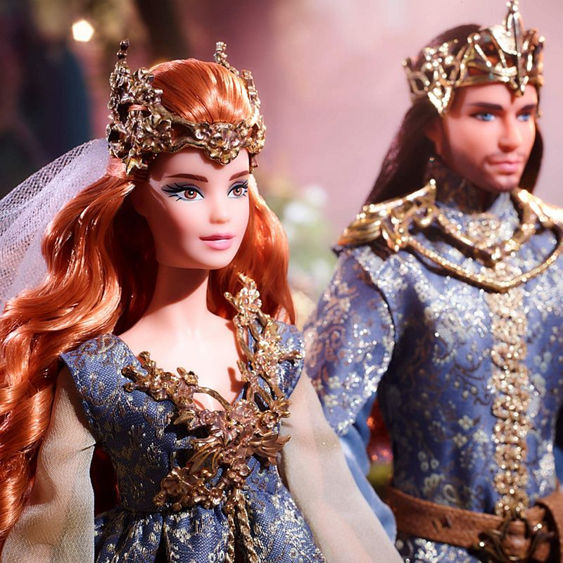 VEIL FARAWAY FOREST WEDDING SET BARBIE DOLL ANTIQUE GOLD PLASTIC CROWN W// ATT