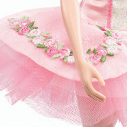 Ballet Wishes Barbie Doll (BDH12) 5