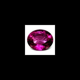 Le grenat violet, la pierre précieuse préférée d'Ashlyn