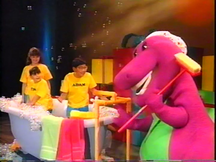 Image Bubblebubblebathjpg Barney Wiki FANDOM Powered By Wikia - Barney and the back yard gang barney in concert