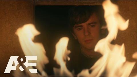Bates Motel Romero Finds Norman and Norma Unconscious Season Finale Monday 9 8c A&E
