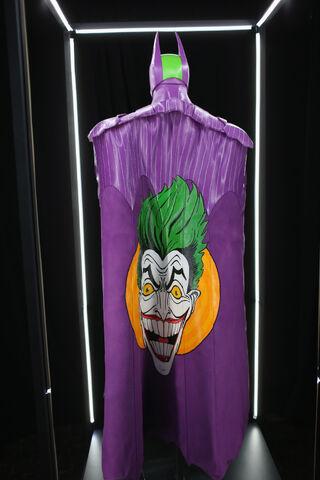 File:SDCC2014-Batman-Cape-Cowl create Art Exhibit 452635972.jpg