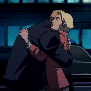 Barry abraza a su madre
