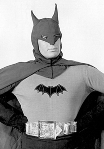 Risultati immagini per Lewis Wilson batman