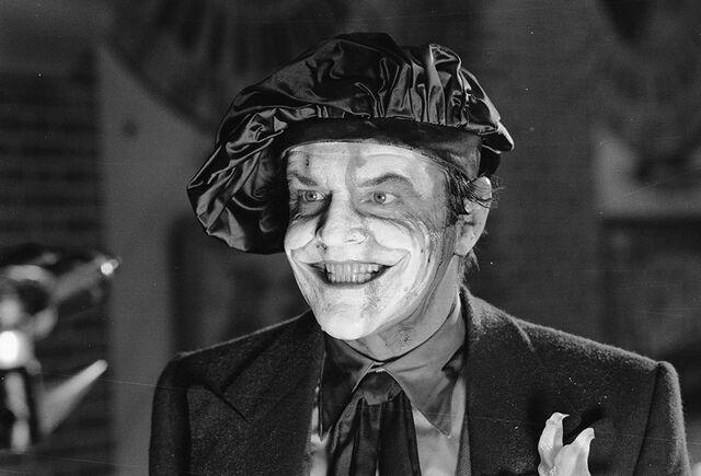 File:Batman 1989 - The Joker at the Museum 2.jpg