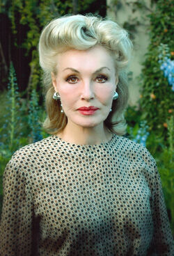 Batman '66 - Julie Newmar