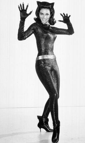 File:Lee Meriwether as Catwoman 1966.jpg