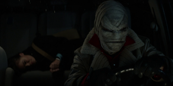 Batwoman - Hush secuestra a Parker