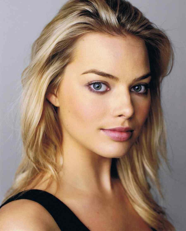 Margot Robbie | Batpedia | Fandom