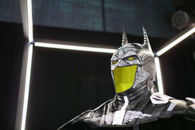 File:SDCC2014-Batman-Cape-Cowl create Art Exhibit 452635992.jpg