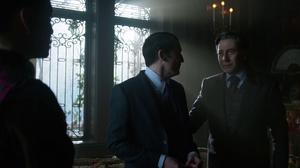 Elijah defiende a Oswald