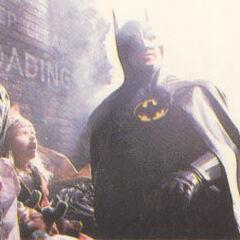 En esta escena Batman salvaba a una niña de los secuaces del Joker
