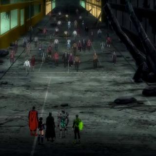 La multitud se acerca a los héroes.