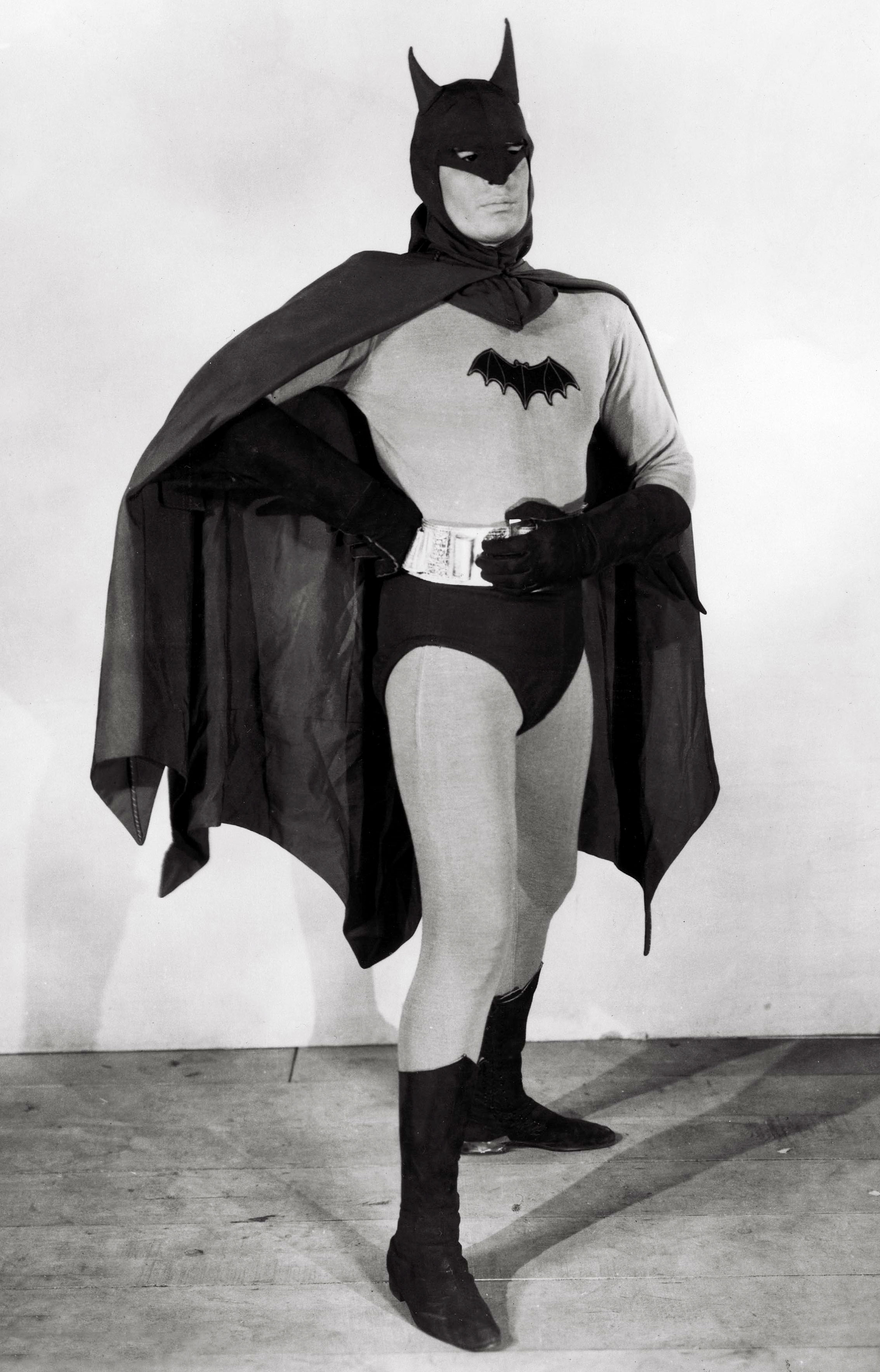 File:Lewis Wilson as Batman, from The Batman (serial,1943).jpg