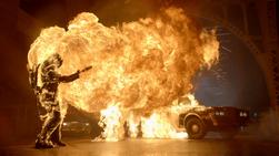 Bridgit Pike se quema