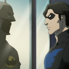 Nightwing acepta el manto.