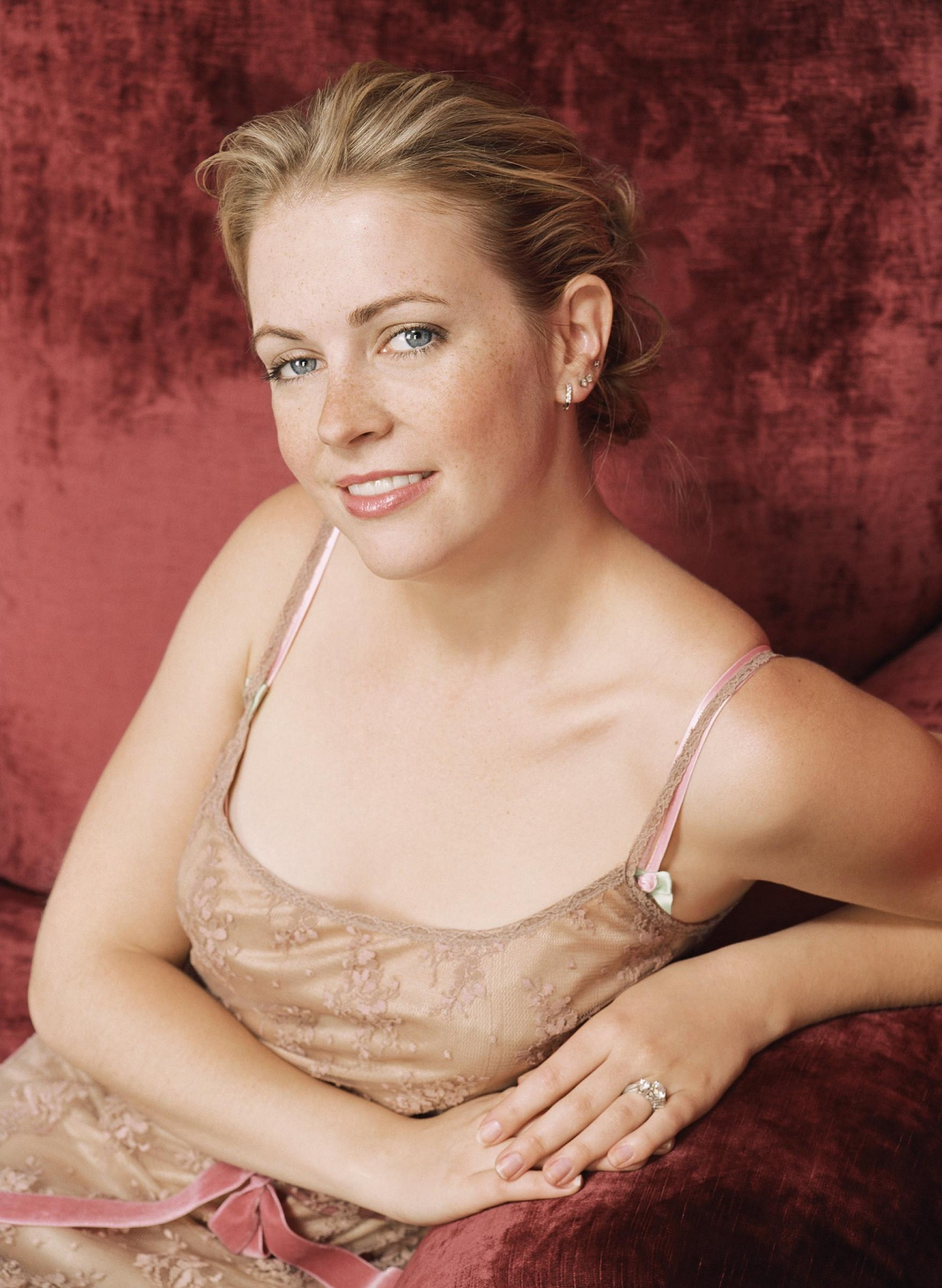 Melissa Joan Hart Melissa Joan Hart new photo