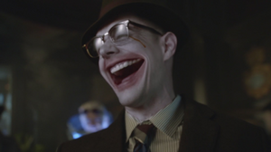 Los villanos prueban el gas de la risa