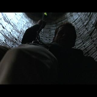 Thomas Wayne rescatando a su hijo.
