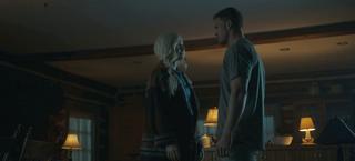 Titans - Hank y Dawn discuten