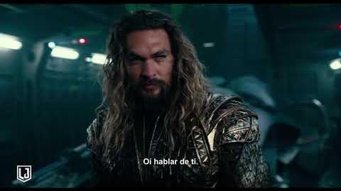 Liga de la Justicia - Aquaman héroe