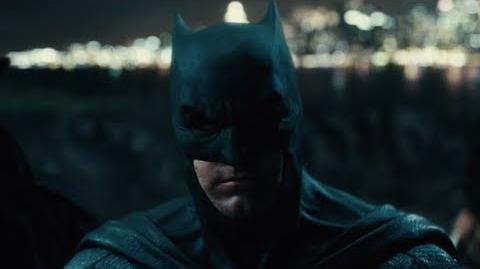 Liga de la Justicia - Seleccionando a Batman