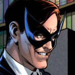 Thomas Wayne (Simon Hurt)