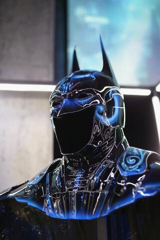 File:SDCC2014-Batman-Cape-Cowl create Art Exhibit 452635908.jpg