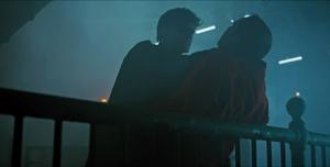 Titans - Robin ataca a Tonny Zucco
