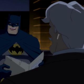 Gordon le informa sobre el robo a Batman