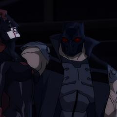 Batwoman derrotada por el Hereje.