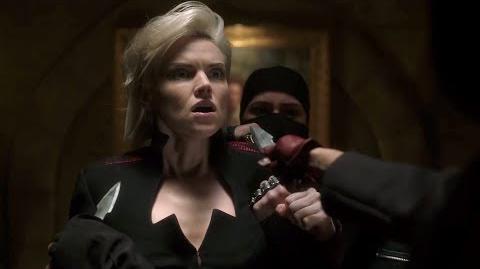 Barbara es atacada por Ninjas