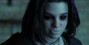 Titans - Rachel es poseida por el demonio