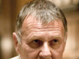 Carmine Falcone (Tom Wilkinson)