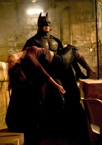 File:Batman-begins-20050526092906827.jpg