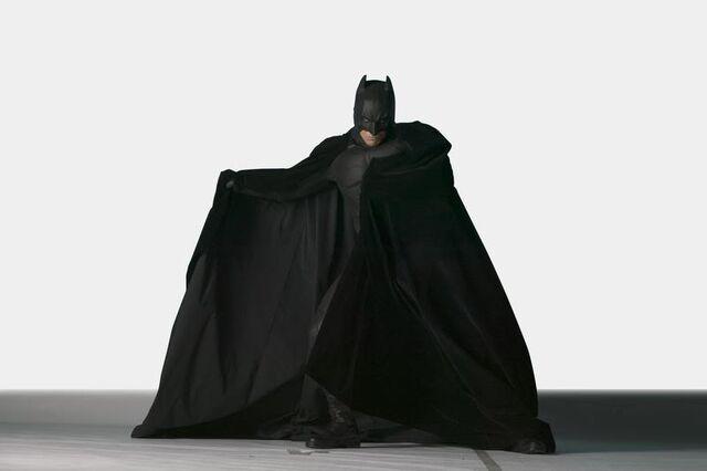 File:Batsbegins002.jpg