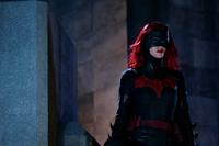 Batwoman S01E03g
