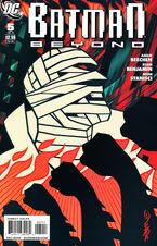 Batman Beyond V3 05 Cover