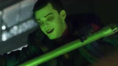 """Jeremiah trailer """"verde químico"""""""