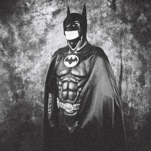 File:Lomo Batman.jpg