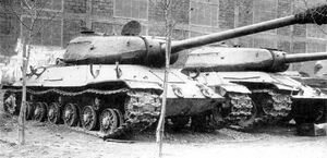 IS-6 Pic-2