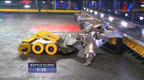 Stinger vs. Warhead - BattleBots