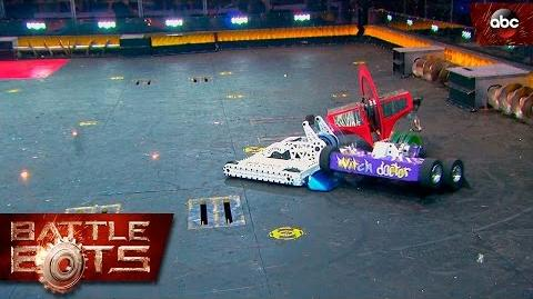 Bite Force vs. Witch Doctor vs. Wrecks - BattleBots