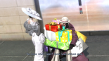 Bayo2 - Bayo and Enzo Christmas Shopping