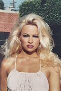Pamela Anderson4