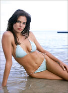 Brooke Burns in North Shore 3
